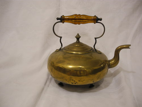 Brass Kettle With Amber Handle