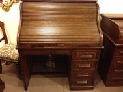 Early 1900 oak S type single pedestal desk.