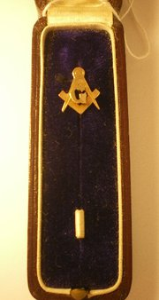 Rose Gold Masonic Lapel Pin 1900