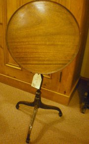 Small tilt top table
