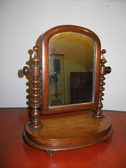 Victorian Mahogany Dressing Table/Toilet Mirror