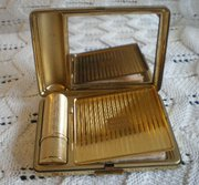 Vintage Kigu Powder Compact 1930