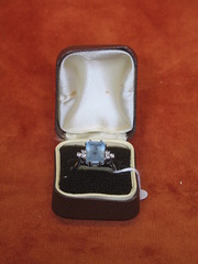 18ct Gold six diamond aquamarine