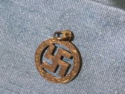 9ct gold Swastika pendant