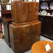 Art Deco style Walnut veneered Drinks Cabinet