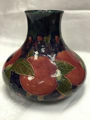 Exquisite Moorcroft Large Pomegranate Vase