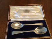 Pr solid silver spoons by Goldsmiths London 1925
