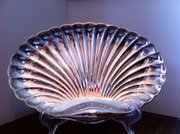Fine Quality Art Deco Canapes Dish Galia