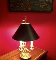 Traditional Bouillotte Lamp Bronze  Black Toleware