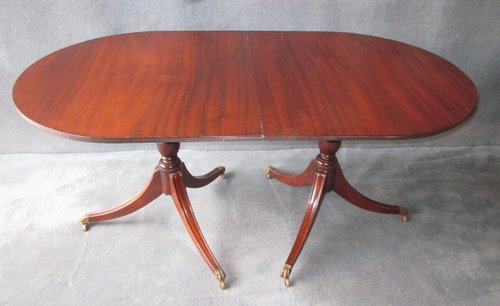 Mahogany Extending Dining Table With 1 C