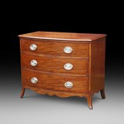 A George III mahogany bow fronted chest of drawers