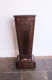 Victorian Mahogany Plinth