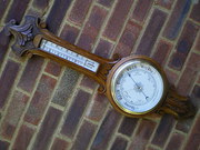 Aneroid hall barometer
