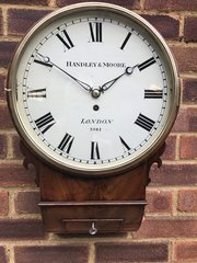 Fusee wall clock