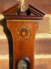 Mercury wheel barometer