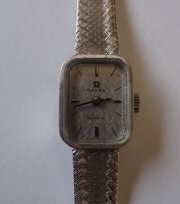 18CT White Gold Lady's OMEGA Wristwatch