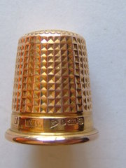 9CT Gold Thimble, English Hallmarks Chester c1919