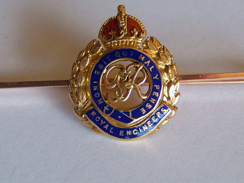 9ct Gold & Enamel,Royal Engineers Brooch