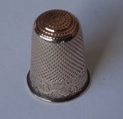 "Edwardian 9ct Gold ""Xmas"" Thimble c1907"
