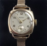 Elegant Lady's 9CT Gold Rotary Wristwatch, c1948