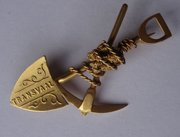 Transvaal 9CT Gold Miner's Sweetheart Brooch