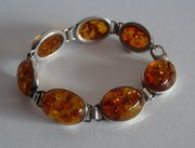 Very Attractive, Good Quality, Amber Set Bracelet