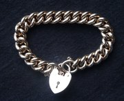 Very Heavy 9CT Gold Bracelet & Padlock 62.6g
