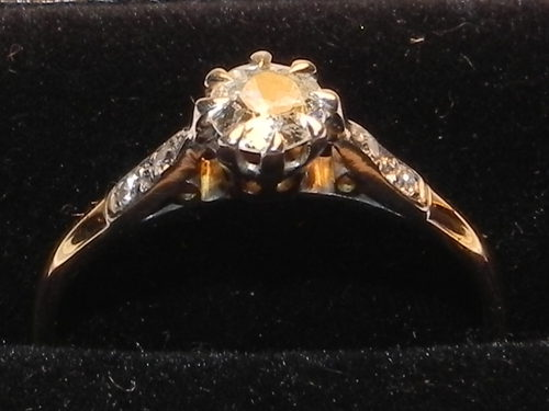 Vintage 1930's 18ct Gold & Platinum Diamond Ring