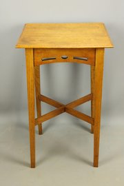 Arts & Crafts Golden Oak Occasional Table c1910