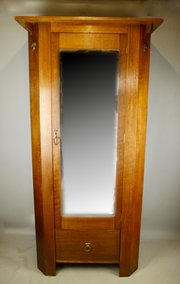Arts & Crafts Oak Single Wardrobe c1910