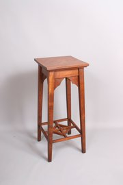 Arts and Crafts Oak Jardiniere Stand Side Table