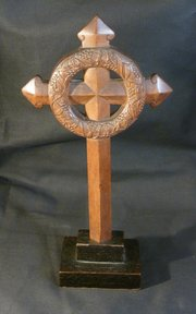 Scottish Arts & Crafts Celtic Reliquary Cross 1900