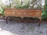 Cheshire 18thc oak and mahogany low dresser c1780