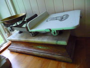 Dairy supply co Brass /oakt counter scales