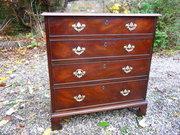 Small georgian Mahogany Chest of drawers c1780
