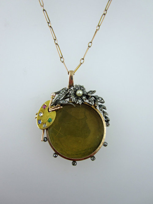 Victorian 15ct Picture Locket & Diamonds