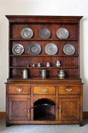 18th Century Oak Dresser with Shelves. U297