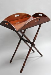 Georgian Mahogany Butlers Tray on Stand. U398