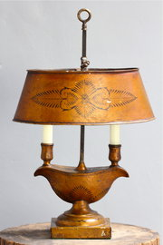 Early 20th century Tôleware table lamp