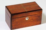 Victorian Mahogany Tea Caddy. U3