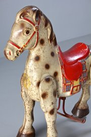 Vintage Mobo Metal Childs Horse. T827