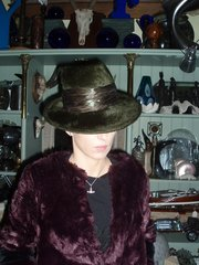 Dark moss green fur felt trilby