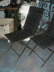 Pair of rubber woven collapsable deck chairs
