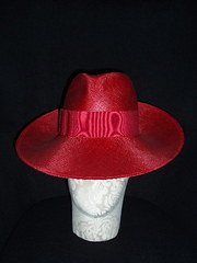 Red straw trilby
