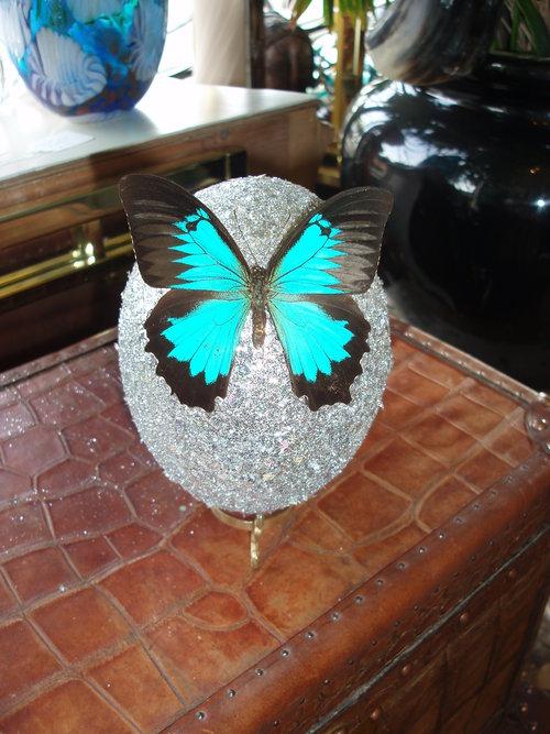 Blue Butterfly On Silver Glitter Egg