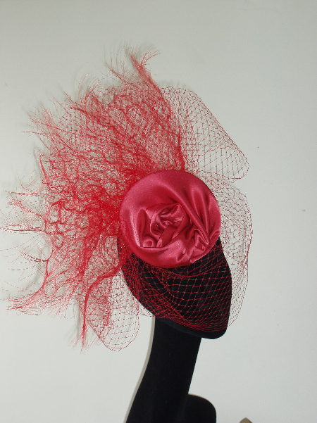 Coral Satin Swirl Disc And Veil