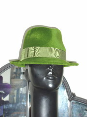 leaf green trilby