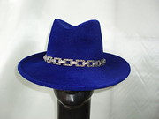 royal wide brim trilby with jewel chain