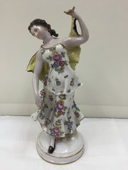 "Naples Figurine "" Dancing Girl "" circa 1900"