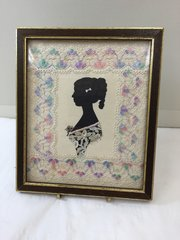 Victorian Lace surrounding Silhouette Miniature